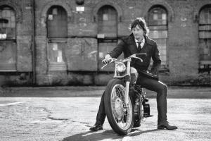 norman-reedus-mens-fitness-001