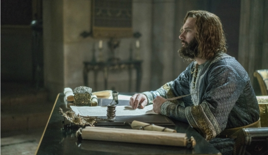 historys-vikings-season-4-part-2-episode-13-duke-rollo-1