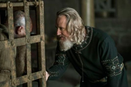 historys-vikings-season-4-part-2-episode-14-ragnar-lothbrok-and-king-ecbert-670x447