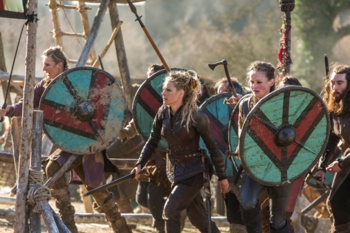 historys-vikings-season-4-part-2-episode-19-on-the-eve-lagertha-and-her-shield-maidens-resize