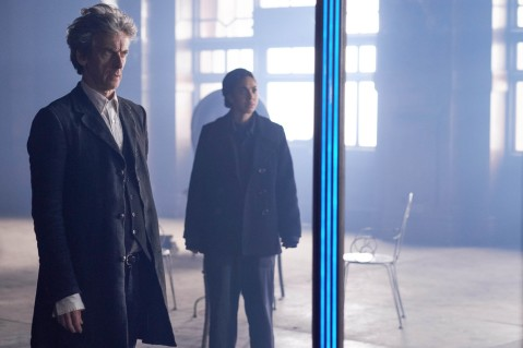 doctor-who-10x08-03