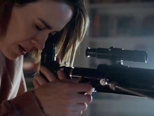ally-has-a-gun-american-horror-story