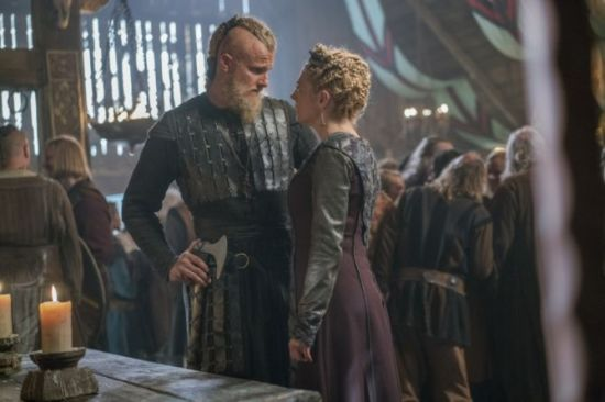 history-channels-vikings-season-5-episode-7-full-moon-bjorn-ironside-and-lagertha-670x447